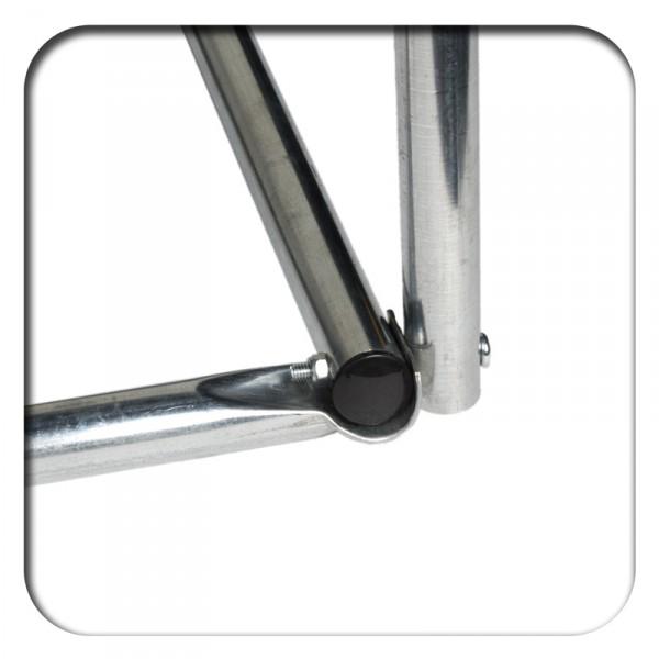 mit selbstsichernden Schrauben verschraubte Stahlprofile
